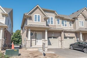 For Lease,Grimsby,$2000,2 Storey,3Bedroom
