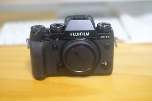Fujifilm XT1 with battery grip