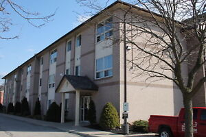 Spacious 1 bedroom suites in beautiful well managed building!