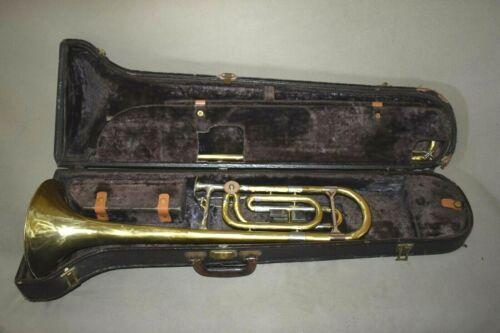 RARE Vintage REYNOLDS Pro. Trombone SN 53165  w/Case