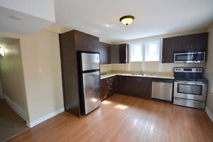 MARCH 1ST -ALL INCLUSIVE 4 OR 5 BED  & 2  BATH- 5 MINS TO U OF O