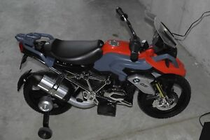 Kids BMW electric motorcycle