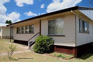 For Sale - 3 bedroom home - Stanthorpe - Absolute Bargain Stanthorpe Southern Downs Preview