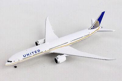 Hogan Wings United Boeing 787-8 DreamLiner HG10611G 1//200 Reg#N28912  W//Gear