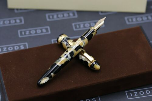 Platinum #3776 Black and Pearl Celluloid Fountain Pen - UNUSED 1