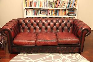 2 Chesterfield Sofas Wembley Cambridge Area Preview