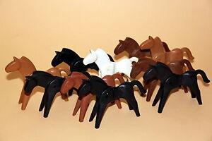 Playmobil: 10 Pferde alte Version bunt gemischt