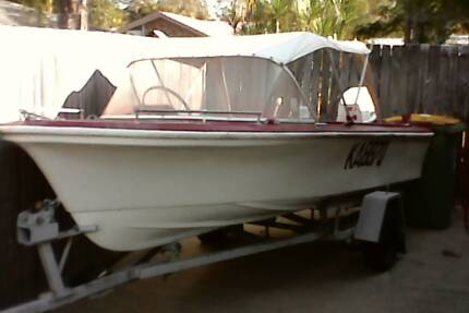 boat with 40hp suzuki outboard