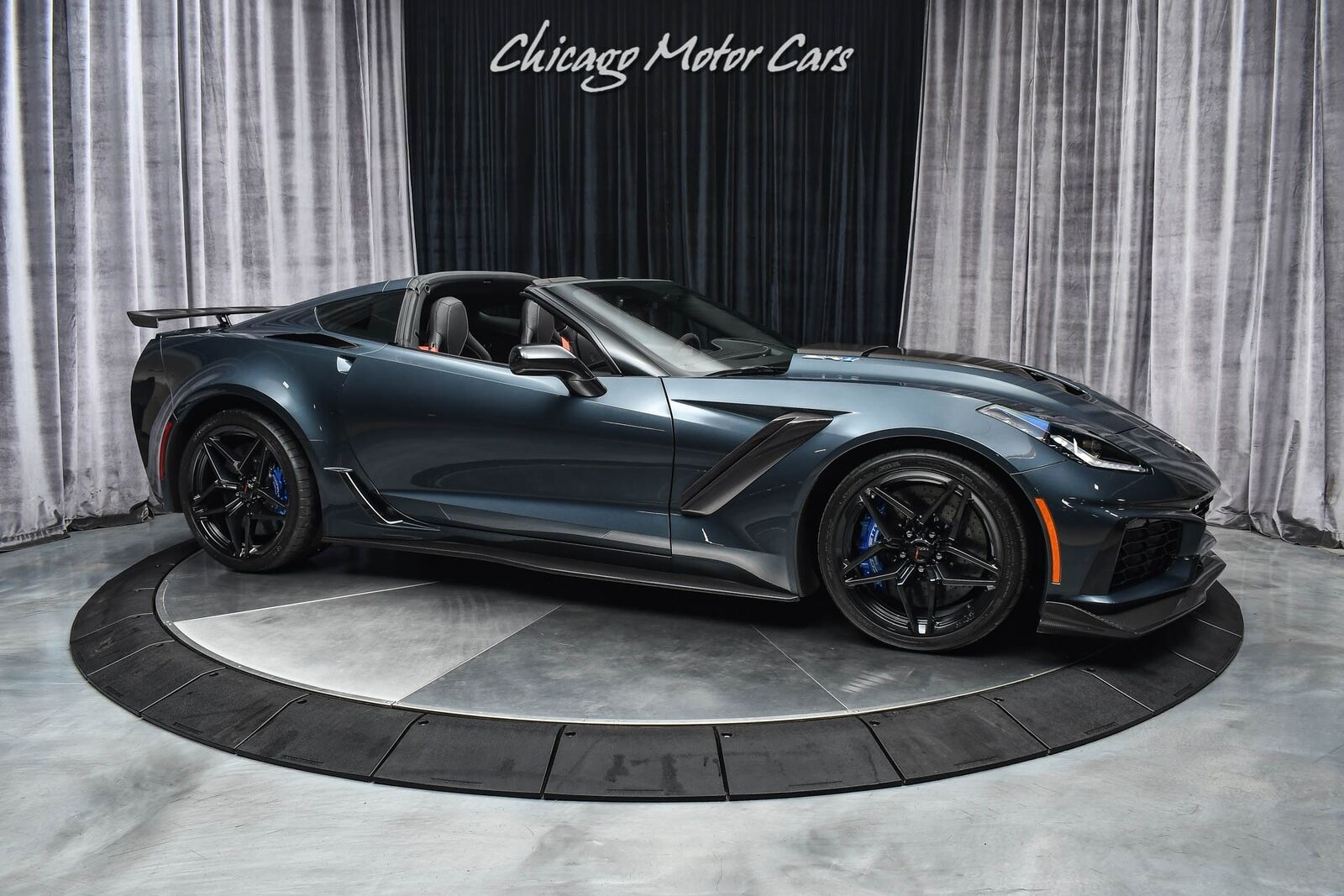2019 Gray Chevrolet Corvette ZR1  | C7 Corvette Photo 6