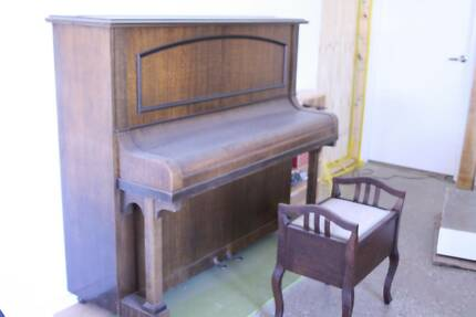 Vintage Piano Dawesville Mandurah Area Preview
