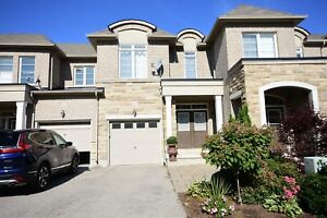 Beautiful Oakville house for Rent from Dec1