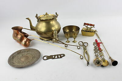 15 x Vintage BRASS Kitchenalia Inc. Kettle, Spirit Warmers, Iron Etc (3149g)
