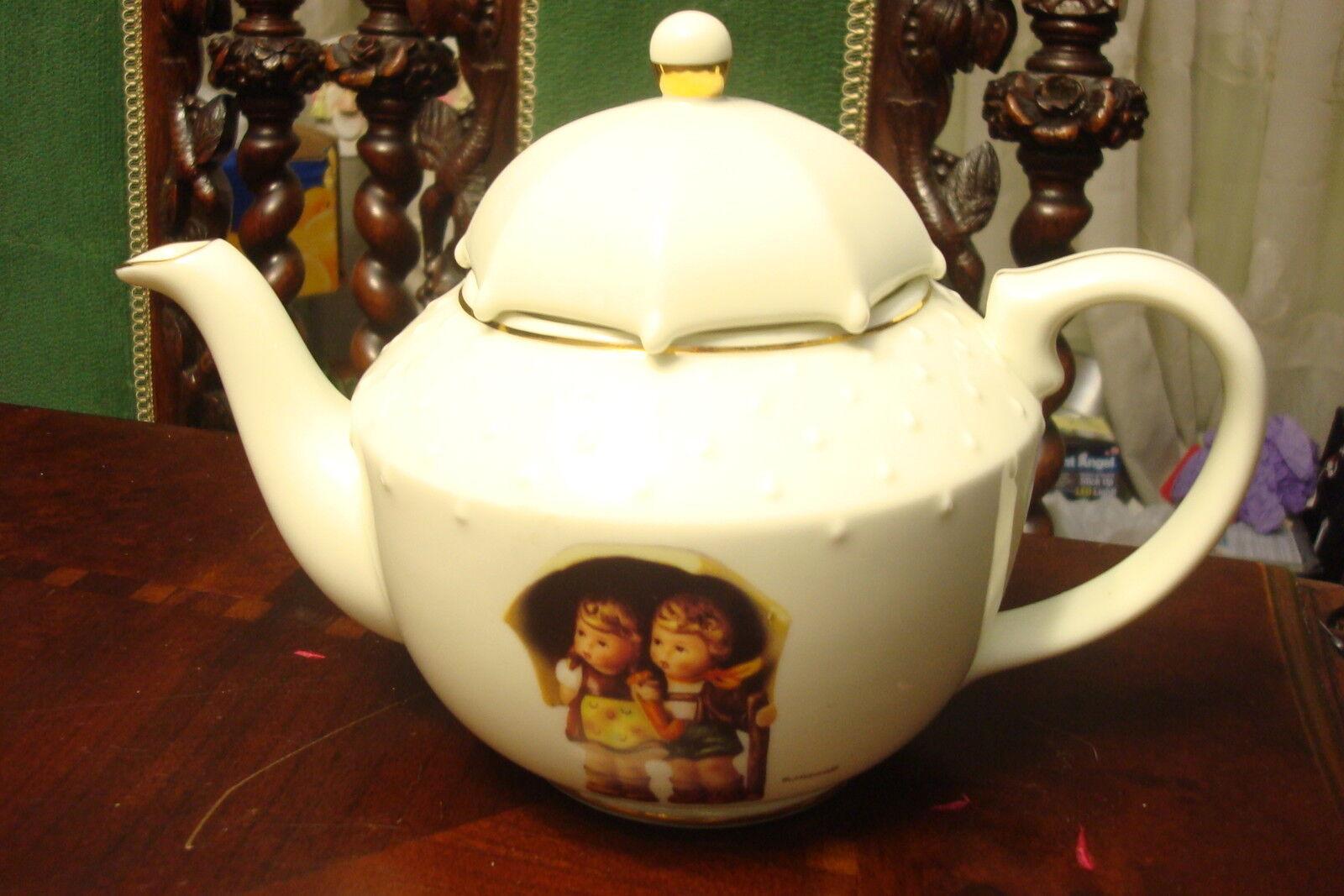 Hummel TeaPot \