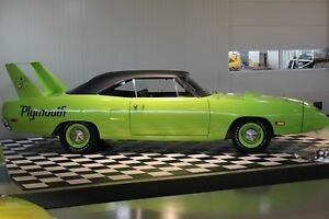 Plymouth Superbird 4-speed Restored & Numbers matching