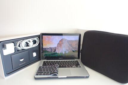 "MacBook Pro 13"" 2010 128SSD 4gb ram + new hard CASE!"