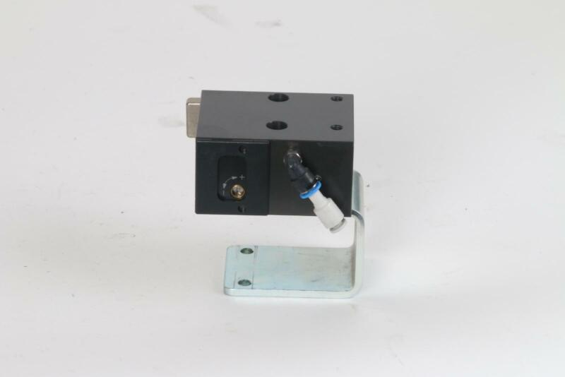 FlexLink XT XTPD D35 #3123 Pneumatic Damped Pallet Stopper 5053783 Rail Bracket