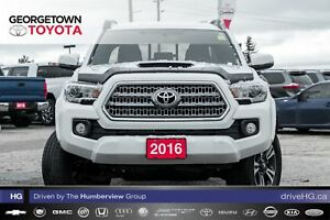 2016 Toyota Tacoma SR5 V6|NAVIGATION|BACKUP CAM|HEATED SEATS