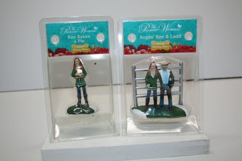 THE PIONEER WOMAN Christmas Village Figures - Set of 2 Ree Drummond Ladd