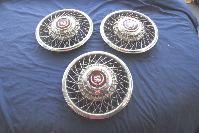 """1985-1986 Cadillac Deville Fleetwood Seville 14"""" Wire Spoke Hubcaps Hubcap Set/3"""