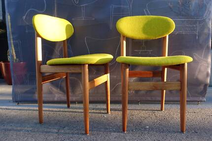 Vintage Australian Elite Dining Chairs (set Of 4)