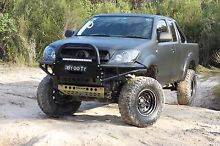 Toyota Hilux 4x4 matte black 2009 Curl Curl Manly Area Preview