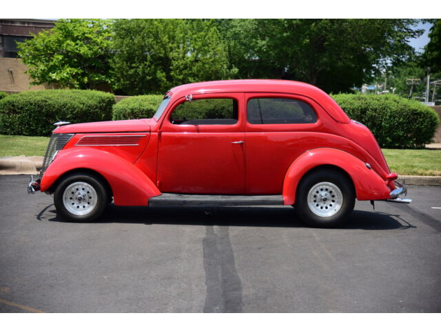 Imagen 1 de Ford: Other Sedan