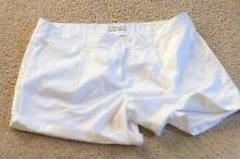 White Country Road Shorts Size 16 Menai Sutherland Area Preview