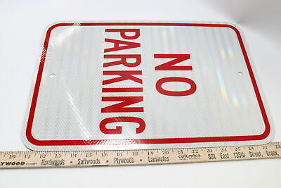 Accuform Frp110ra Engineer-grade Reflective Aluminum Parking Sign