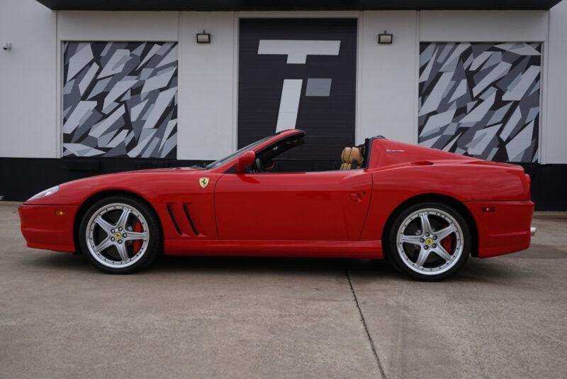 Image 8 Voiture Européenne d'occasion Ferrari Superamerica 2005
