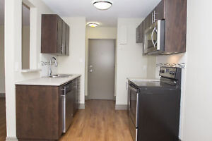 2 Bedroom - 5 Mins. from University of Guelph! Pet Friendly!