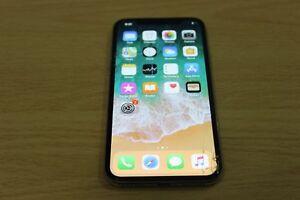 *Nice iPhone X 64gb - Silver - Unlocked - Cracked Screen $825