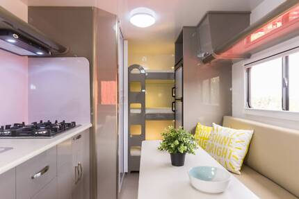 20FT Goldstar RV Family Van 3 bunks, Combo Shower/Toilet Dandenong South Greater Dandenong Preview