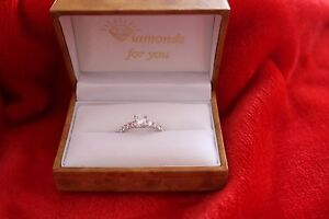 Brand New Diamond ring for sale