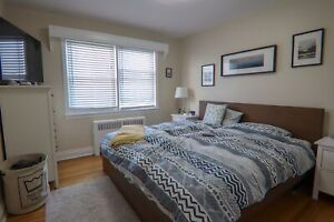 **Room for your KING sized bed and more at Kingsway!!**16K3