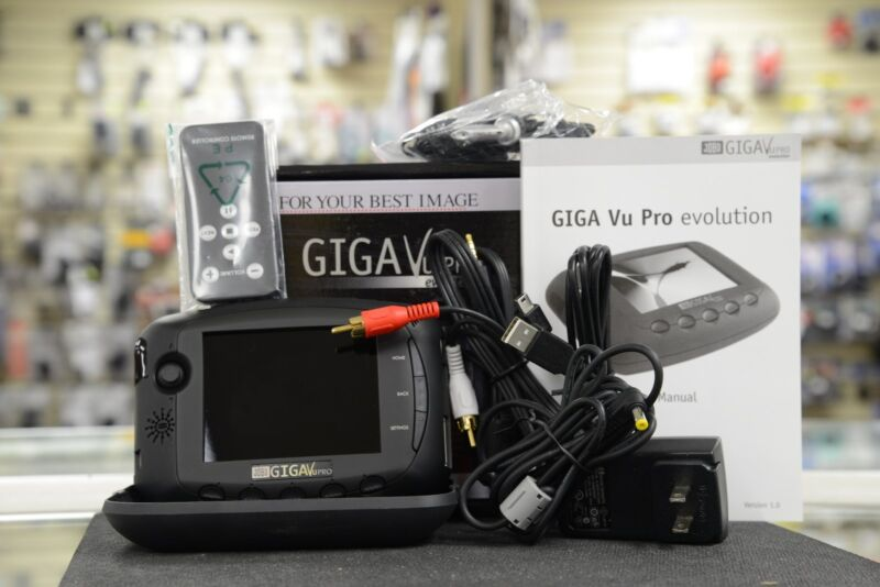 Jobo GIGA Vu Evolution 120 GB Multi Media Portable Storage