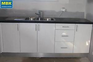 Poly Kitchen Bar 2.7m(Kitchen Cabinets +poly doors, no bench)$792 Condell Park Bankstown Area Preview