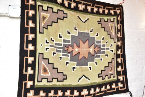 ANTIQUE NAVAJO RUG NATIVE AMERICAN INDIAN WEAVING LARGE TEXTILE 50x45