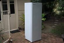 Freezer Fisher & Paykel, upright single door CFC free Model F230 Grafton Clarence Valley Preview