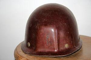 casque-de-mineur-Bourrin-fibre-et-mica-ancien