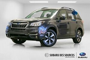 2017 Subaru Forester 2.5i Touring Sieges Chauffants, Toit, Camer