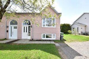 Maison à un étage et demi - La Haute-Saint-Charles - 10292235