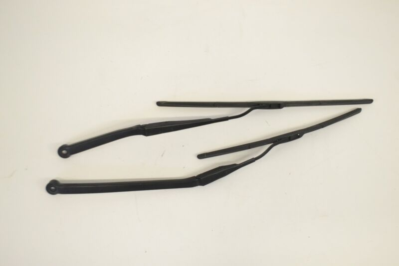 LEXUS GS 300 2007 RHD FRONT WIPER ARMS WITH BLADES