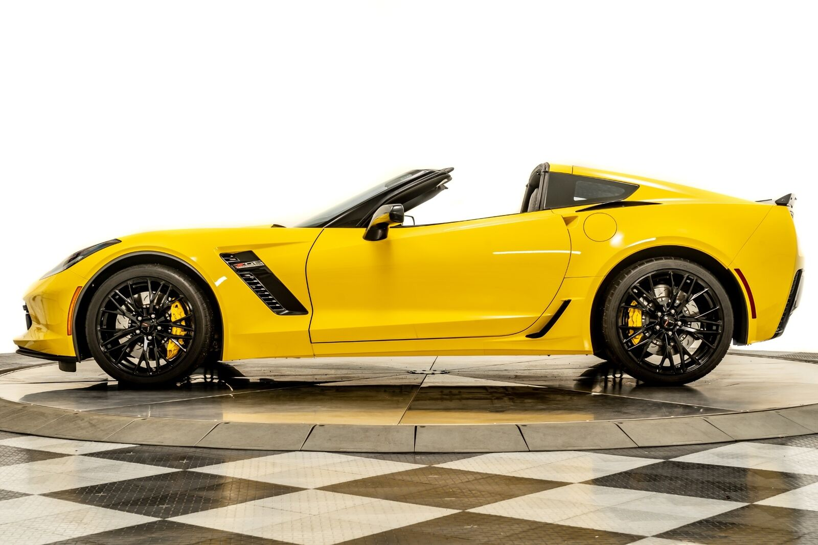 2016 Yellow Chevrolet Corvette Z06  | C7 Corvette Photo 5