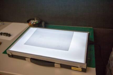 LIGHTBOX - 40CM X 57CM