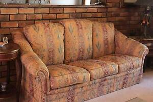 3 Seater sofa 2 chairs, made in Italy Hazelbrook Blue Mountains Preview