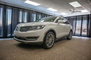 2016 Lincoln MKX Reserve 2016 Lincoln MKX Reserve AWD w/ Adap...