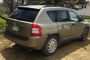 2007 Jeep Compass, 4X4, all wheel drive, 1.25 hitch receiver