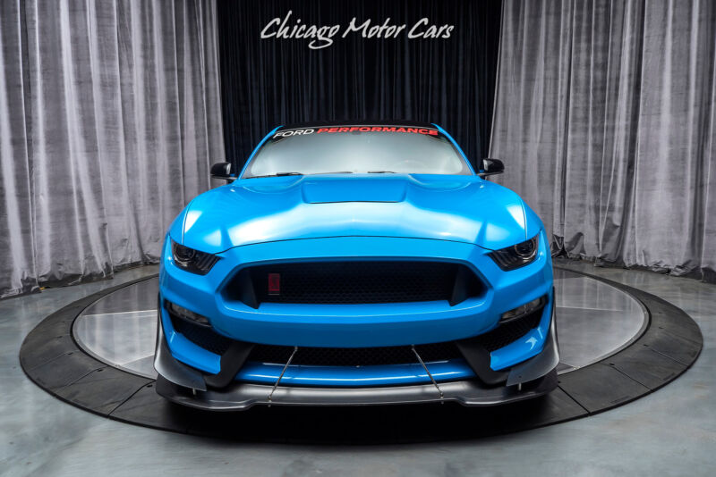 Image 6 Voiture Américaine d'occasion Ford Mustang 2017