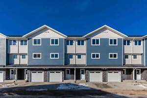 Spacious Three-Bedroom Suite for Rent at Aspen Pointe