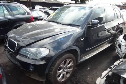 BMW X5 E70 Petrol Engine Module ECU Door Mirror Light Mag Step